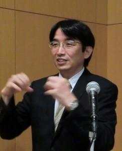 安田二朗教授